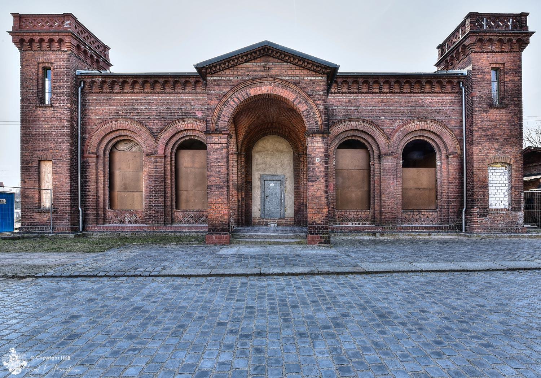 Kaiserbahnhof von außen