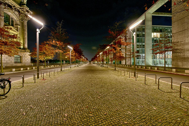 zwischen Reichstagsgebäude und Paul Löbe Haus