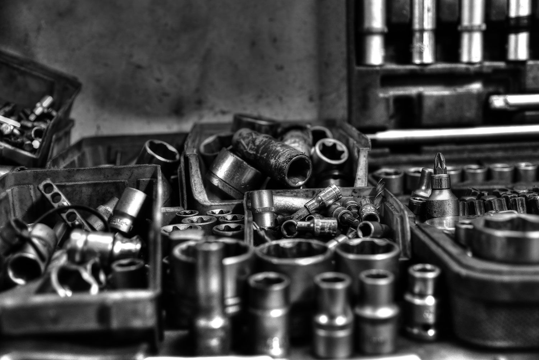 Werkzeug in Autowerkstatt