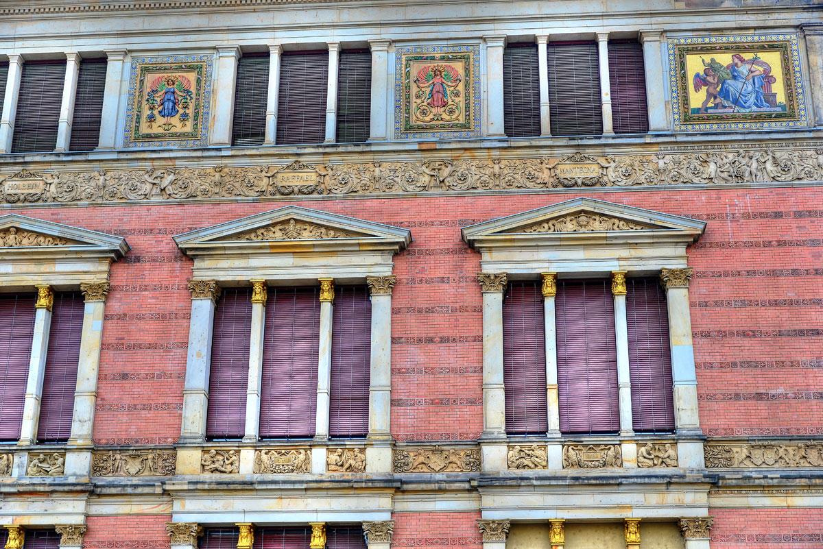 Fassade des Martin Gropius Bau