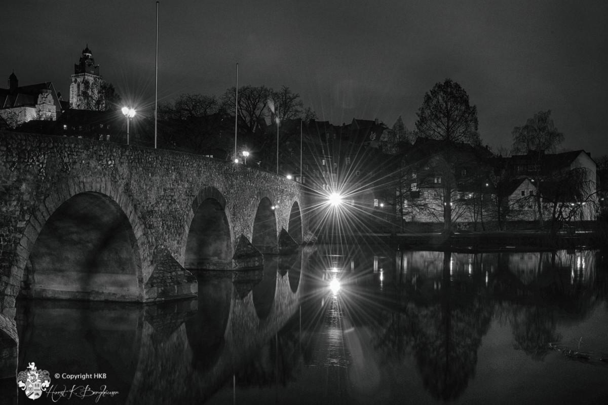 Wetzlar Lahnbrücke und Dom mit Monochrom