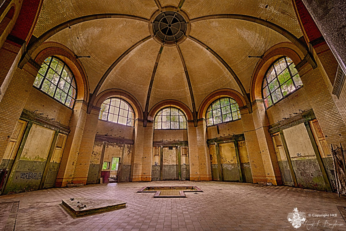 Beelitz Heilstätten - Badehaus Männerklinik