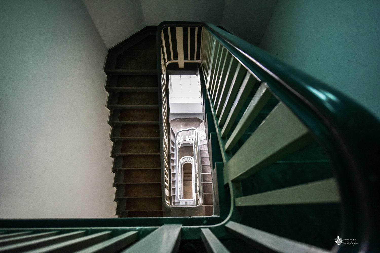 Neue Hakeburg - Treppenhaus von oben