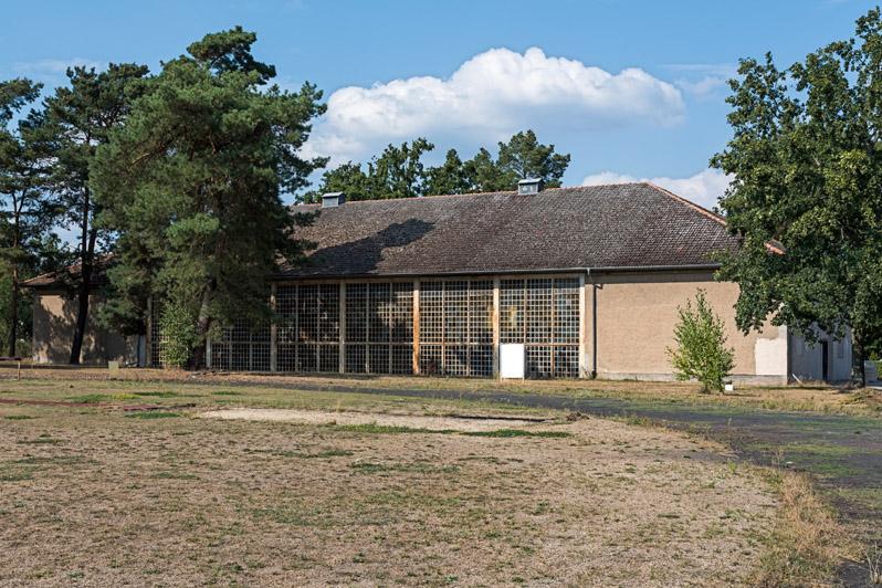 Olympisches Dorf - Turnhalle